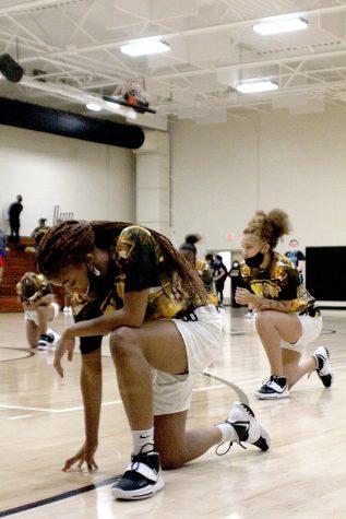 SNN supports the girls' basketball team