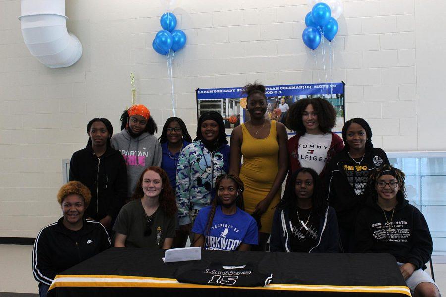 Senior athlete gets basketball scholarship